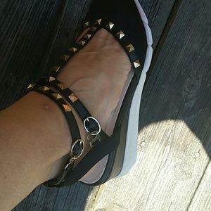 Shoes, sandals, size 39,